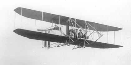 1910_Model B_flying